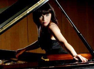 Katarzyna Glensk Pianist photo